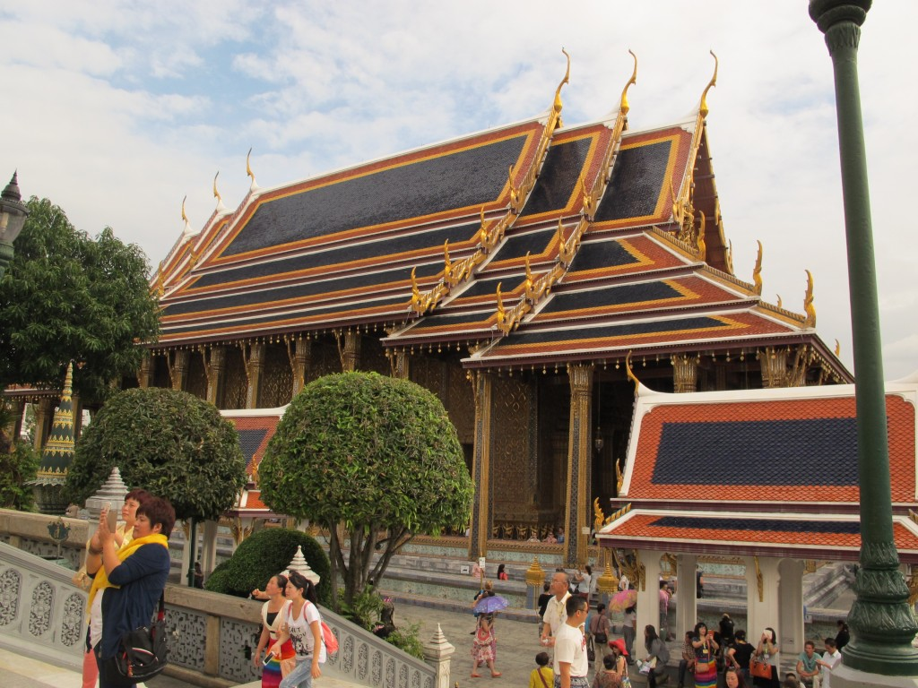 Wat Phra Kaew - a very crowded tourist attraction